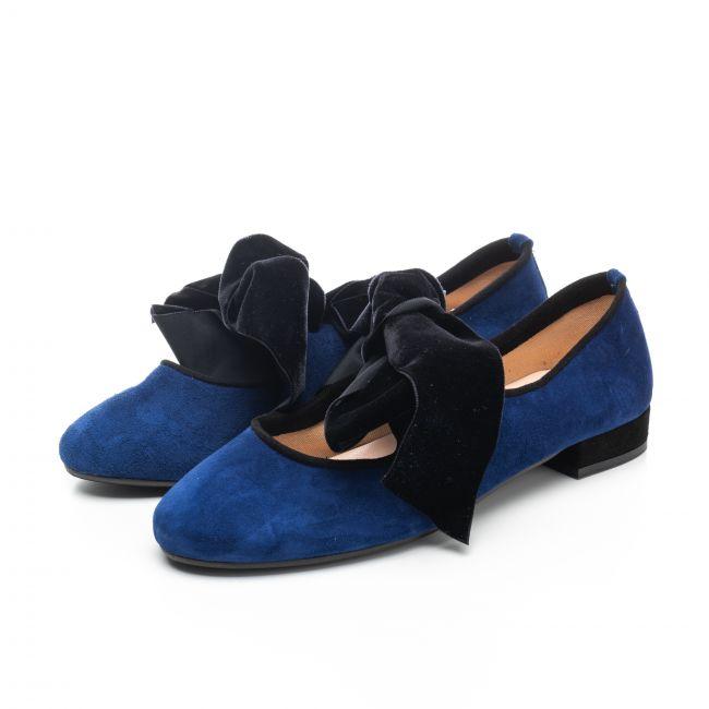 Royal blue medium heel oxford shoes with velvet ribbon