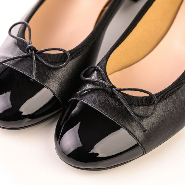Black leather ballet flats with high heel and patent toe