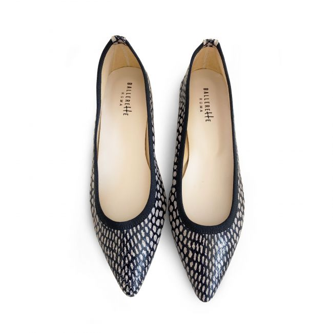 Snakeskin leather effect pointy ballet flats with polka dots
