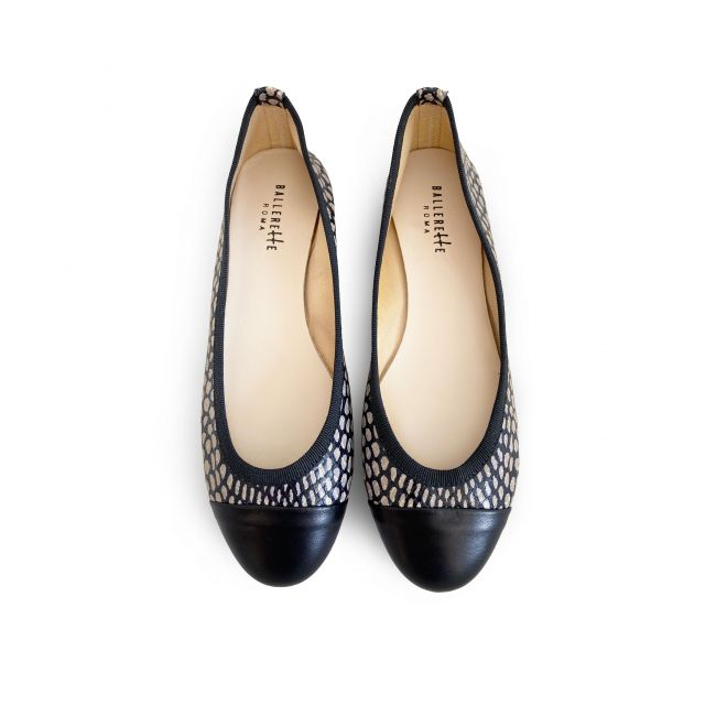 Snakeskin effect leather ballet flats with polka dots