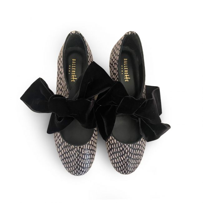 Snakeskin effect Oxford shoes with grey pois and maxi-bow