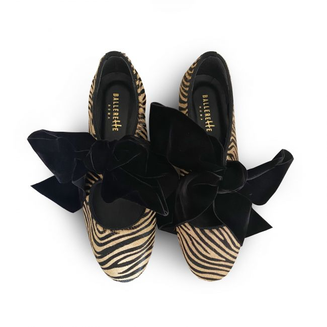 Zebra striped Oxford shoes with maxi-bow