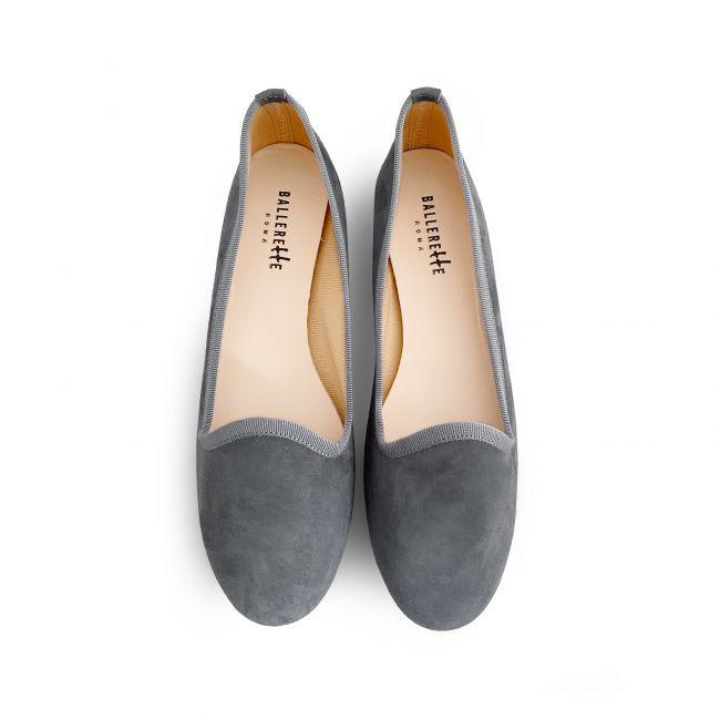 Grey women loafers in suede