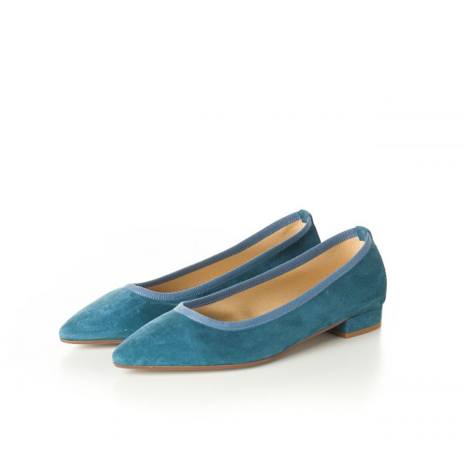 Pointed toe cerulean suede ballet flats