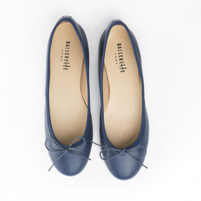 Navy blue leather ballet flats