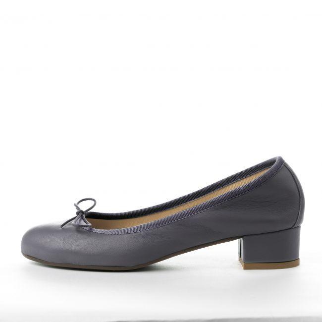 Grey leather medium heel ballet flats