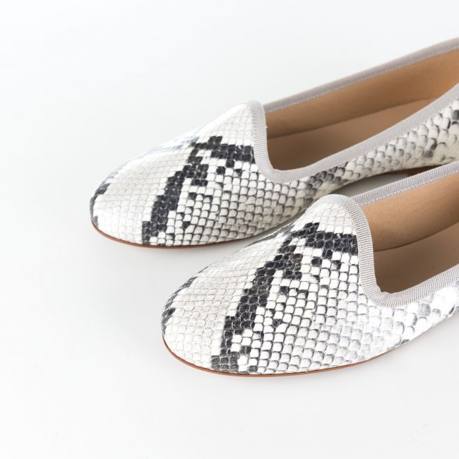 Greystone snakeskin effect leather loafers