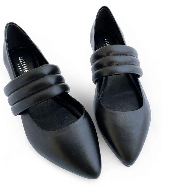 Black low cut ballet flats with hidden wedge heel and black tubular band