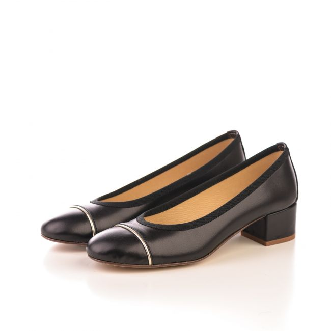 Black leather ballet flats with high heel and platinum detail