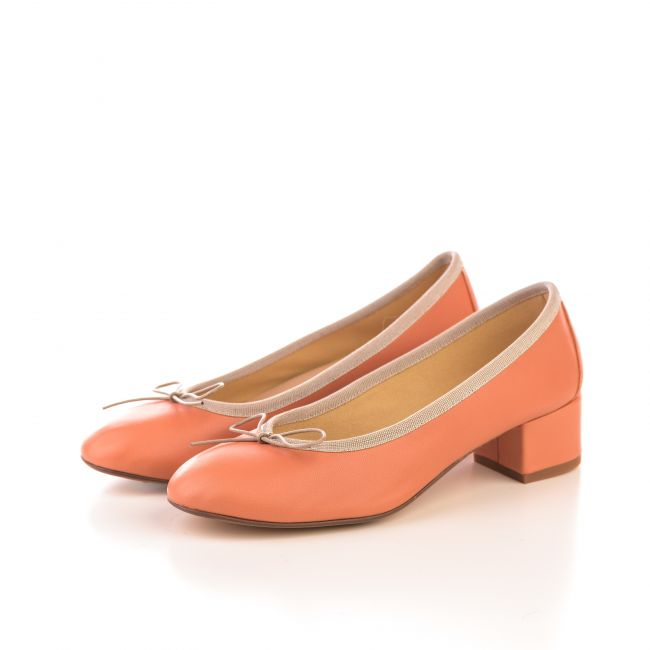 Brick leather ballet flats with heel