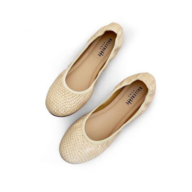 White ivory  snakeskin effect lether ballet flats with elastic