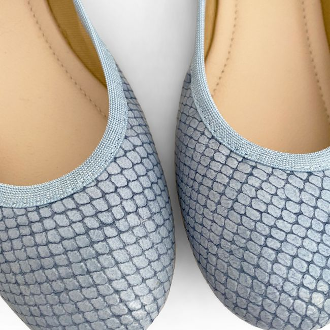 Baby blue snakeskin effect leather ballet flats with elastic