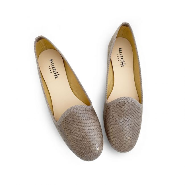 Taupe snakeskin effect lether loafers