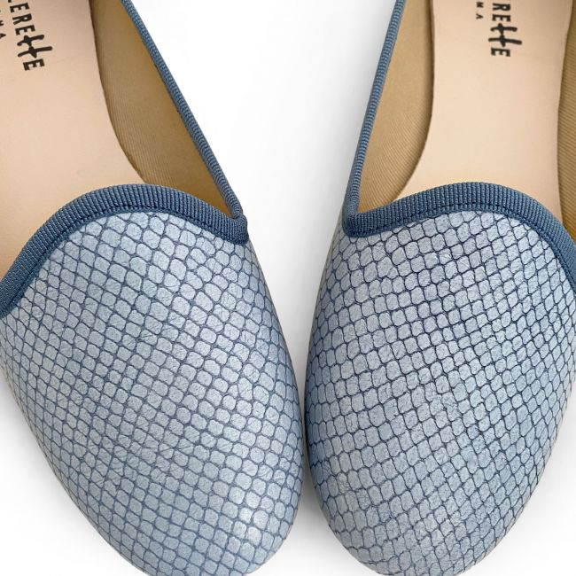 Baby blue snakeskin effect lether loafers